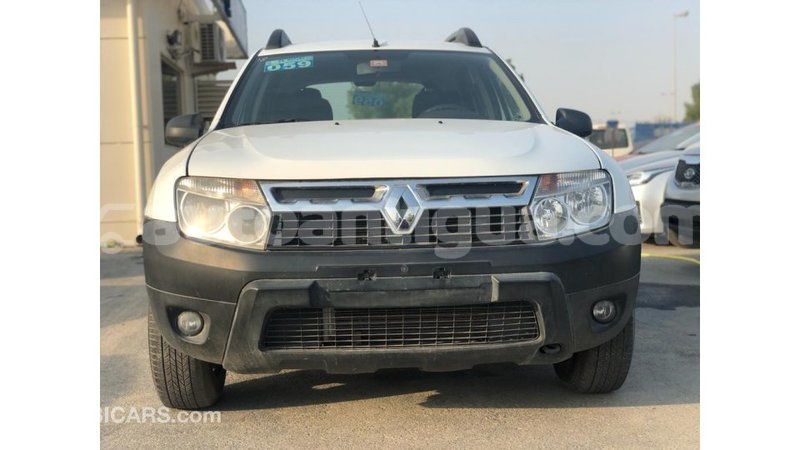 Big with watermark renault duster antigua import dubai 3264