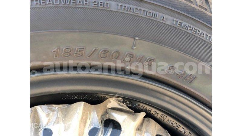 Big with watermark toyota yaris antigua import dubai 3775