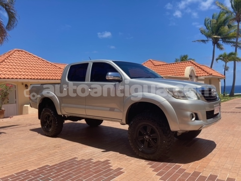 Big with watermark toyota hilux antigua liberta 3832